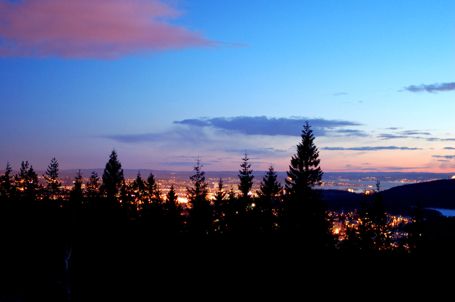 View from Røverkollen. Photo: Pål Stagnes