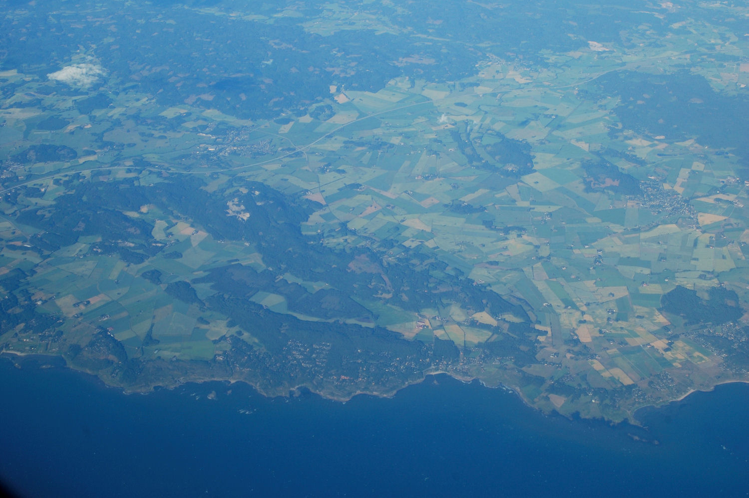 Picture taken from TAP Air Portugal's route 513 from Oslo to Copenhagen. Photo: Pål Stagnes
