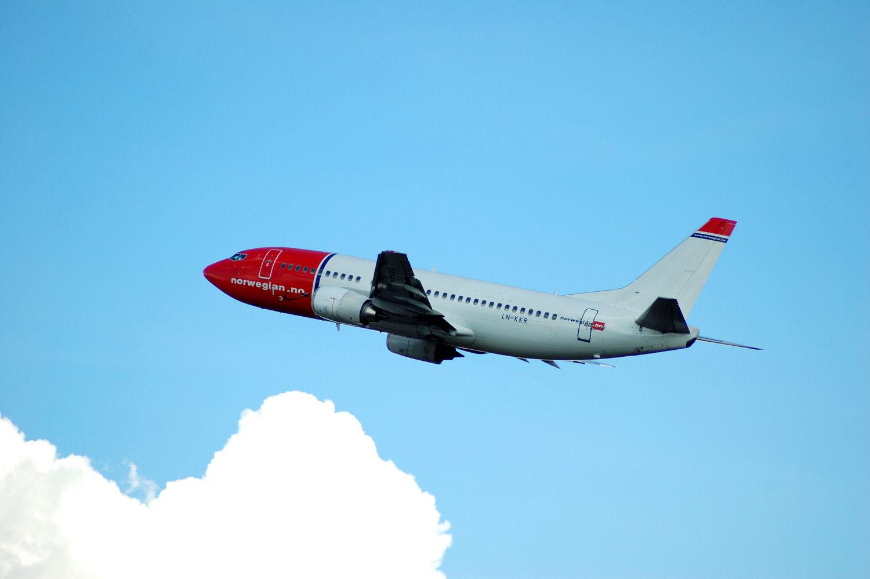 Norwegian-fly tar av fra Oslo Lufthavn Gardermoen. (LN-KKR). Foto: Pål Stagnes