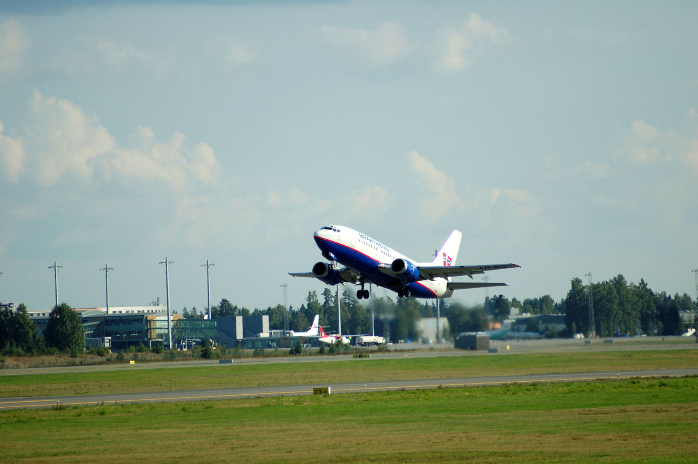 SAS Braathens plane departure from Oslo Airport. (LN-BRO). Photo: Pål Stagnes