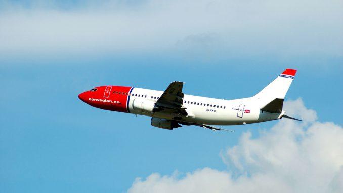 Norwegian-fly tar av fra Oslo Lufthavn Gardermoen. (LN-KKU). Foto: Pål Stagnes
