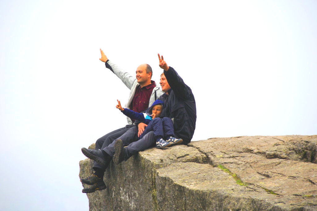 National Scout Camp Stavanger 2013: Trip to Pulpit Rock. Photo: Pål Stagnes