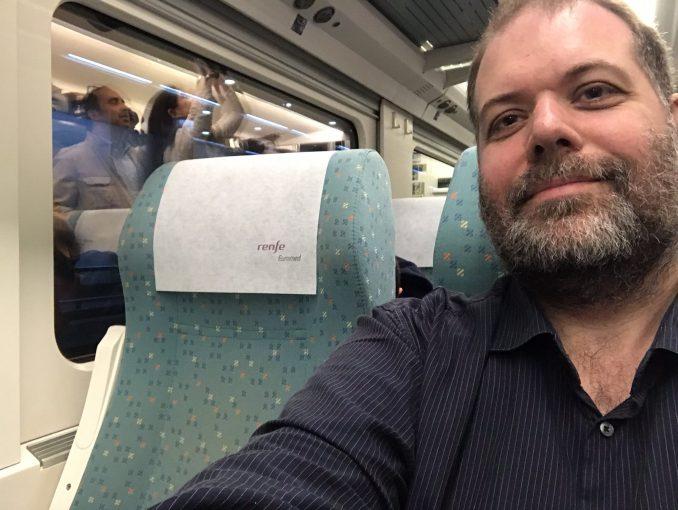 Selfie om bord på toget til Alicante. Foto: Pål Stagnes